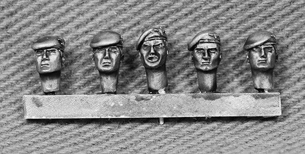 BRIT11 Para Heads with Berets